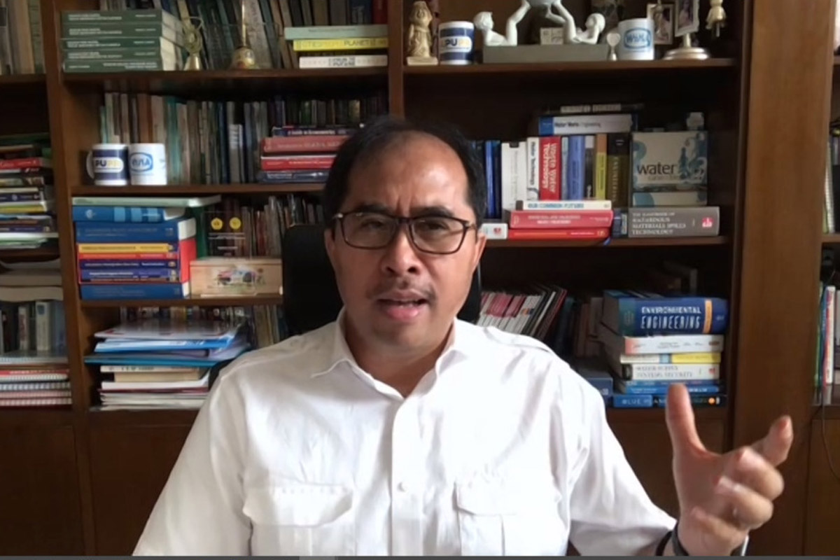 Founder Indonesia Water Institute (IWI) Firdaus Ali. Foto: Screen Shot