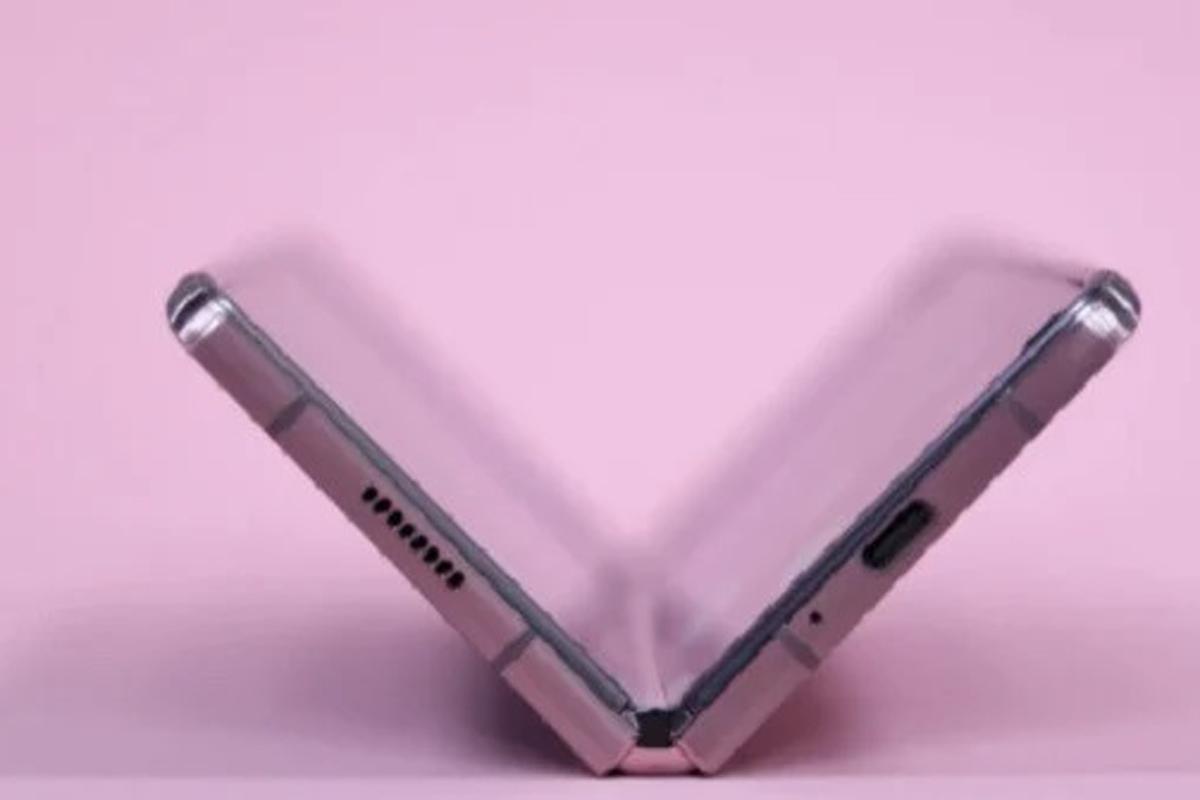 Teaser gambar Galaxy Z Fold 3. Foto: Sammobile