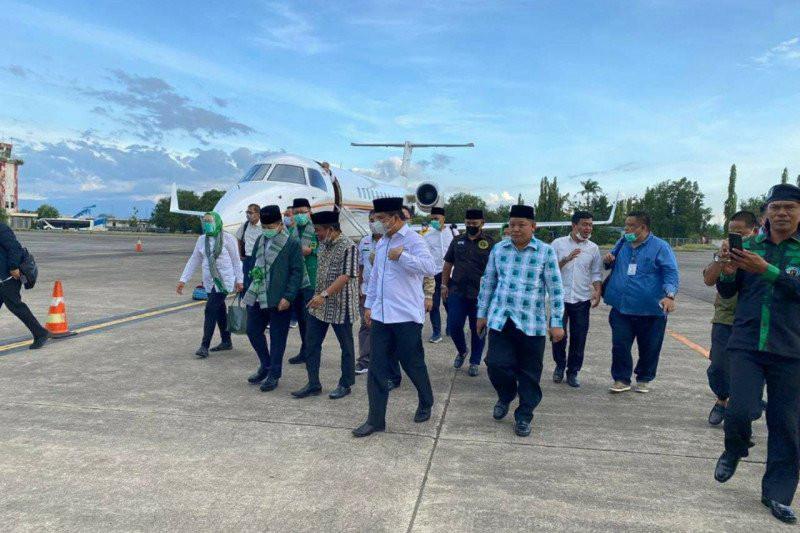 PPP Membara: Rakyat Sedang Menjerit, Plt Ketum Pakai Jet Pribadi