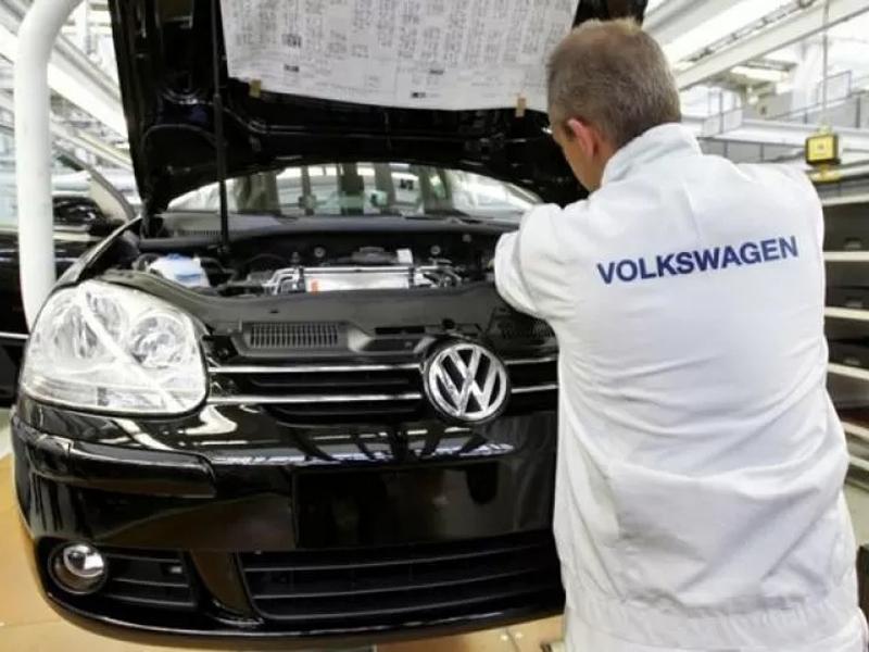 Volkswagen Sudah Jatuh, Tertimpa Tangga Pula