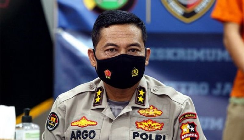 Polisi Tetapkan Ambroncius Nababan Tersangka Penghina Pigai