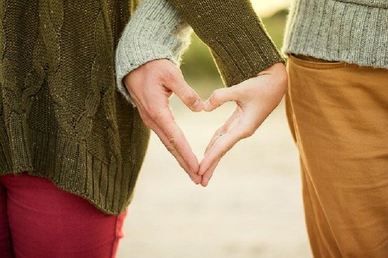 Jangan Pakai Emosi, Begini Tips Meminta Pasangan Berubah