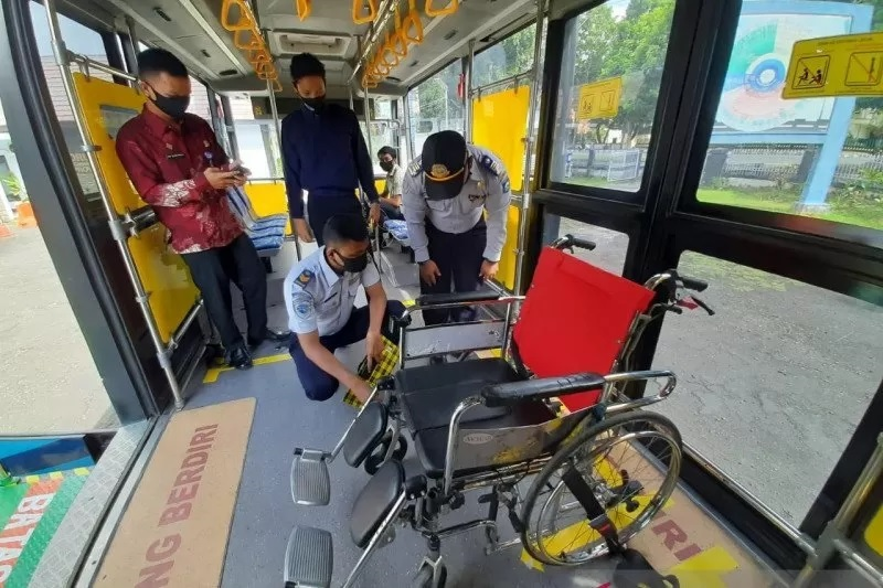 DAMRI luncurkan bus disabilitas NTB Gemilang (Foto: ANTARA)