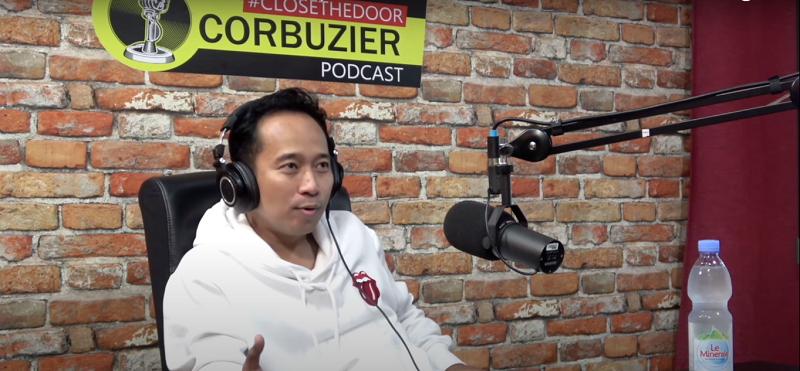 Komedian Denny Cagur mantap terjun ke dunia politik ( foto: Youtube/Deddy Corbuzier)
