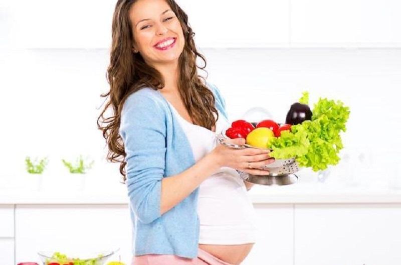 3 Makanan Penting yang Harus Selalu Dikonsumsi Ibu Hamil