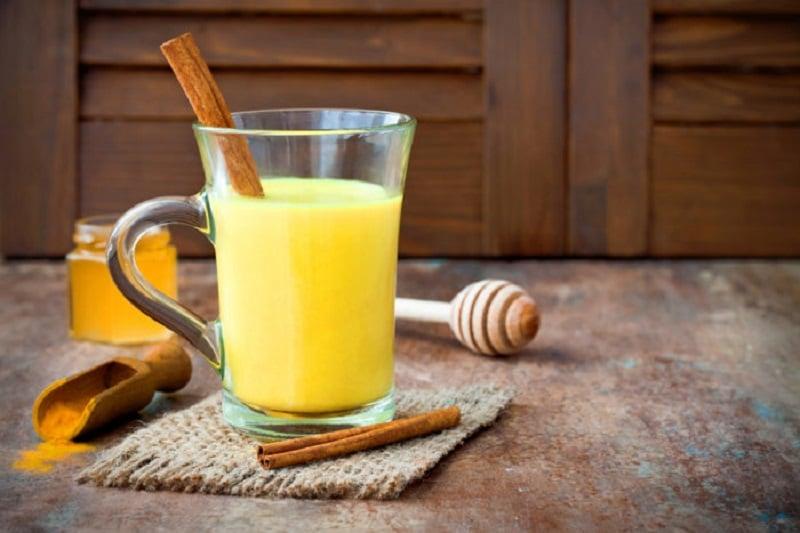 Susu kunyit hempas penyakit mematikan ( foto: shutterstock)