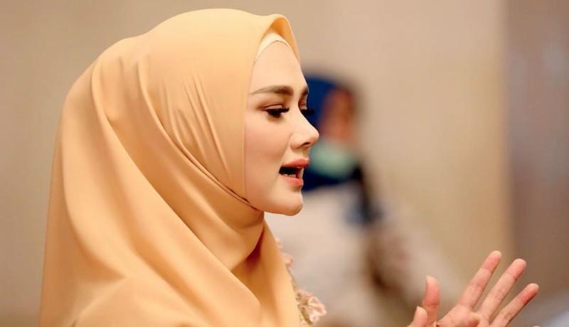 Penyanyi Mulan Jameela ( foto: Instagram/@ahmaddhaniofficial)