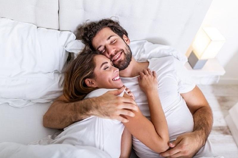Ibu hamil bisa mencapai puncak kenikmatan dua kali saat berhubungan (Sumber : pixabay)