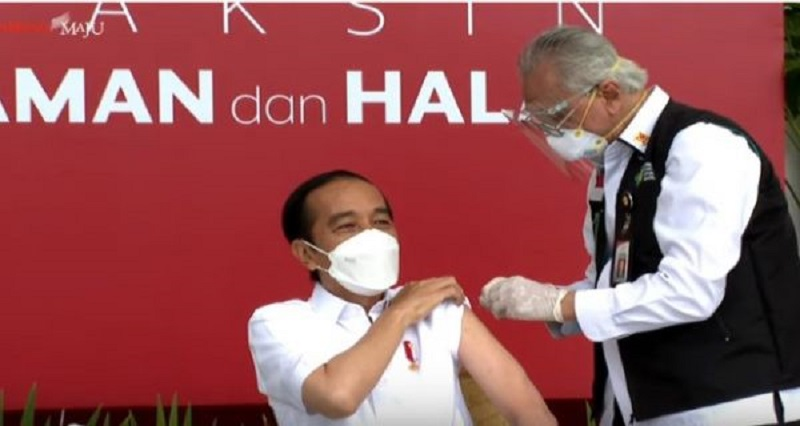 Rocky Gerung Bongkar Permainan Jokowi dan BPOM, Waduh! (Foto: YouTube/Sekretariat Presiden)