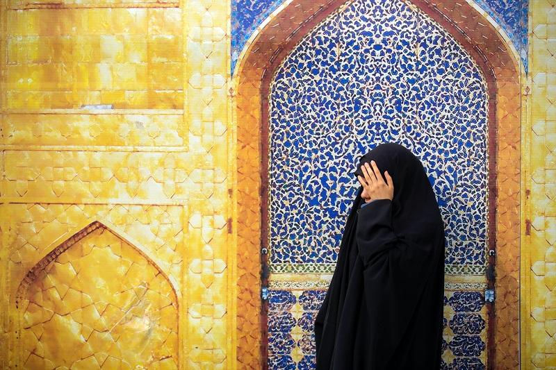 ilustrasi: Wanita salihah (Foto: unsplash)