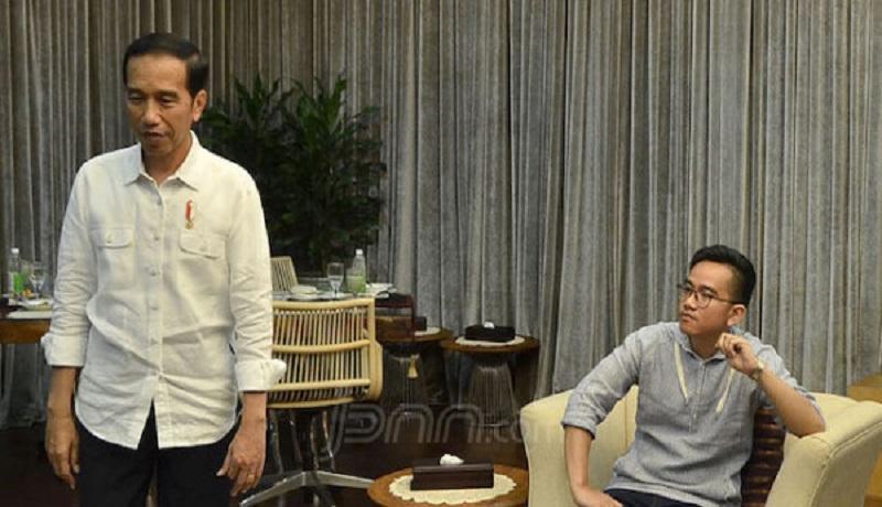 Presiden Jokowi dan Gibran Rakabuming. FOTO: JPNN