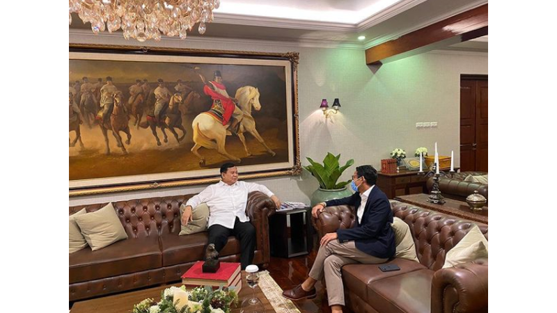 Prabowo dan Sandiaga Uno bertemu empat mata (foto: SC IG @prabowo)