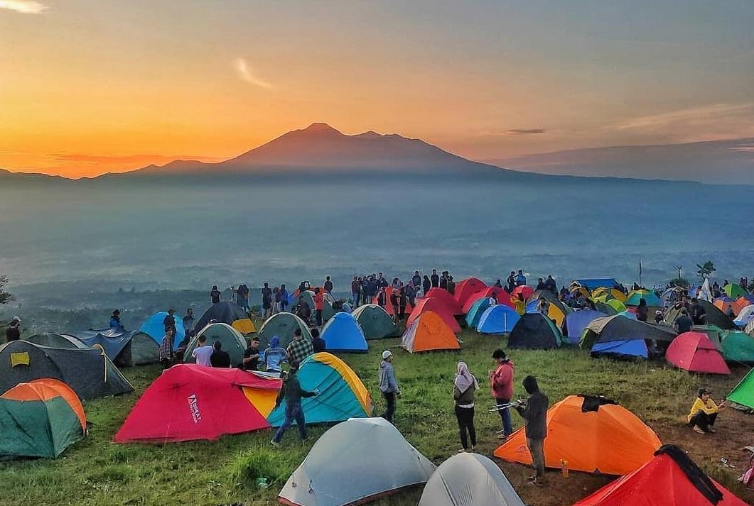4 Rekomendasi Spot Camping Ciamik di Bogor, Wajib Coba!