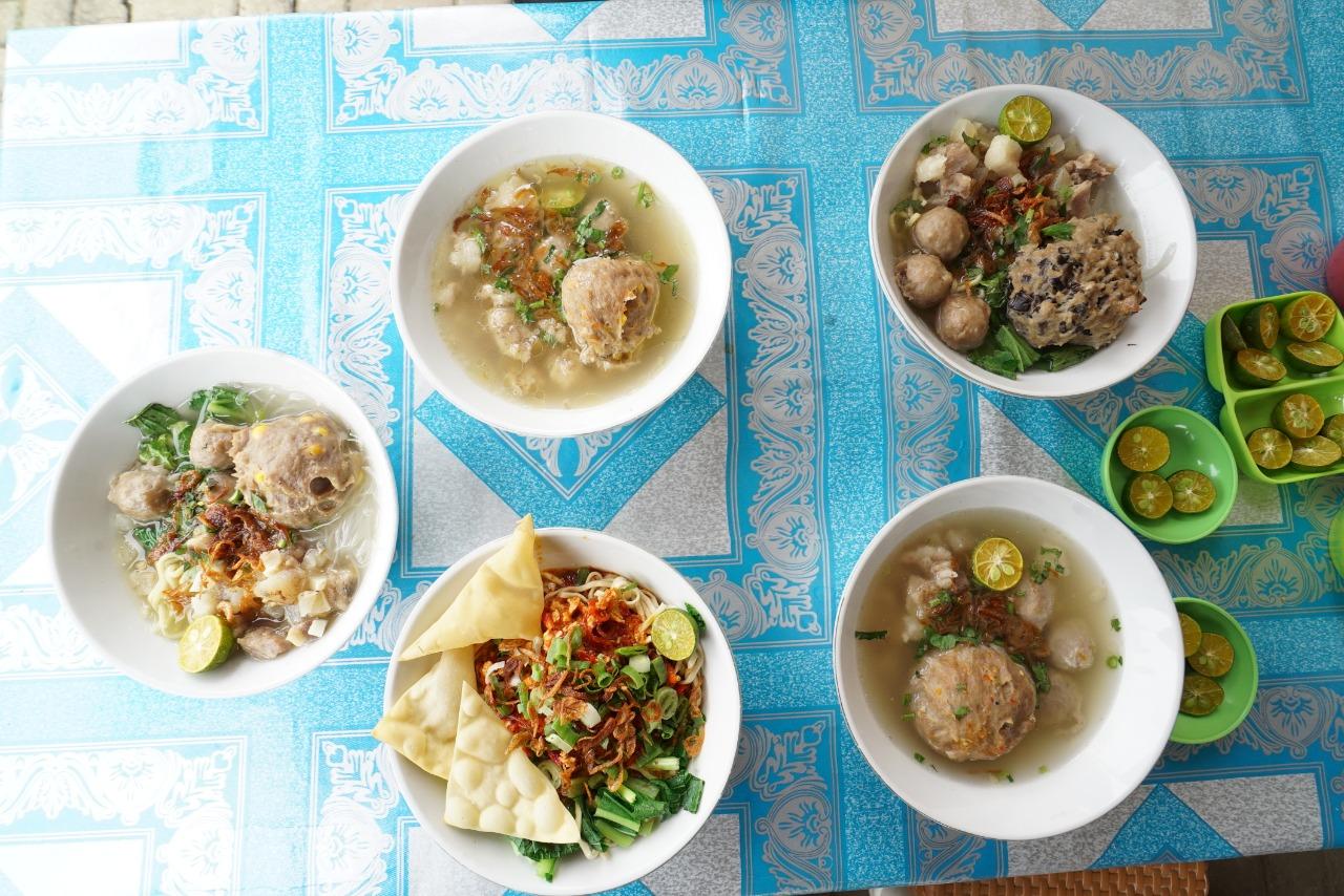 Bakso sayuran khas Kedai Bakso Gokil Depok. Foto: GenPI.co