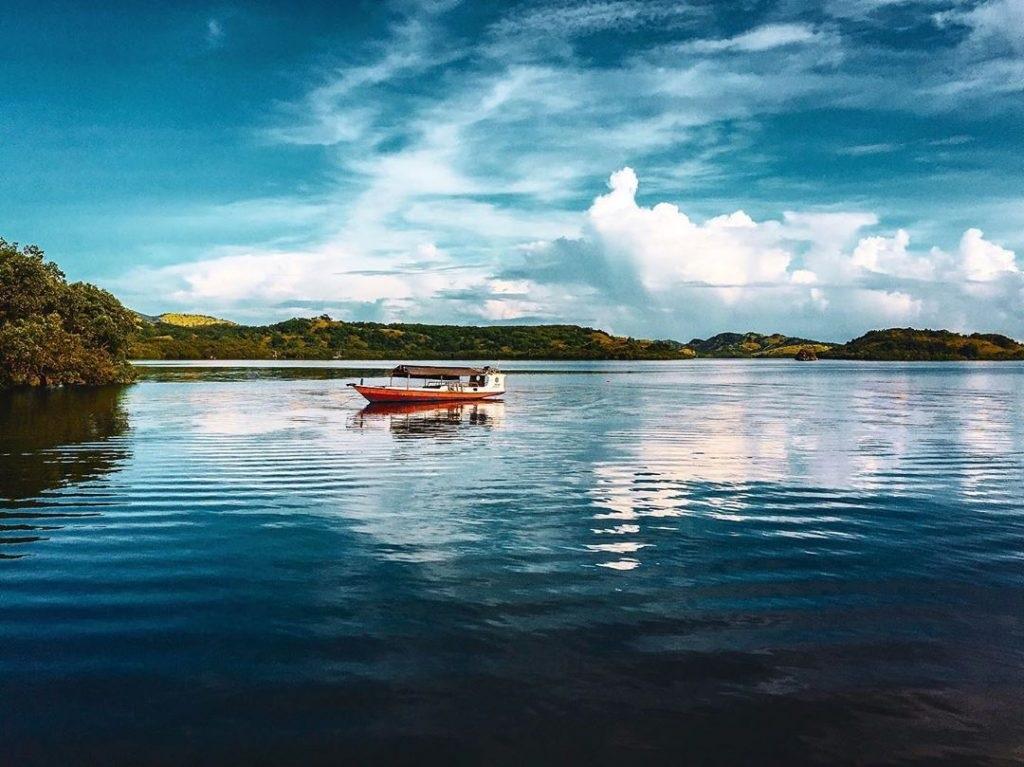 Pulau Ontoloe. (Foto: Instagram/suwandicphoto)