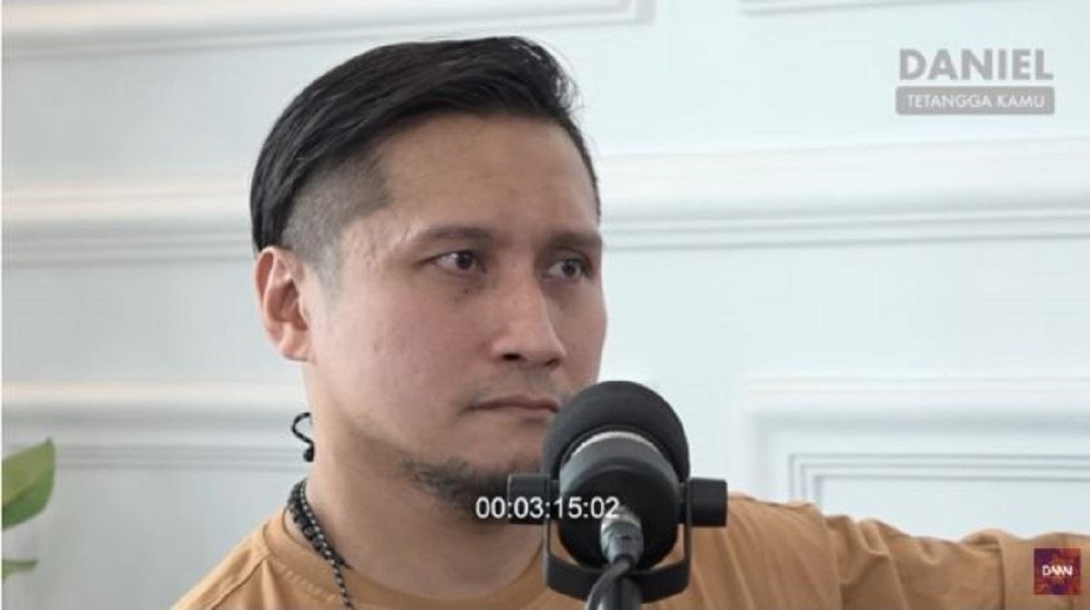 Arie Untung. (Foto: SS YouTube Daniel Mananta)