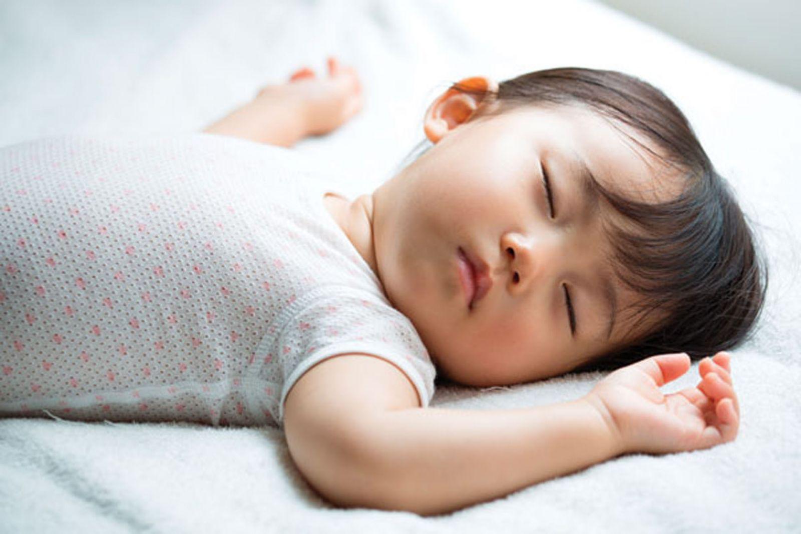 Jangan Berikan 3 Makanan ini untuk Anak, Malamnya Susah Tidur!