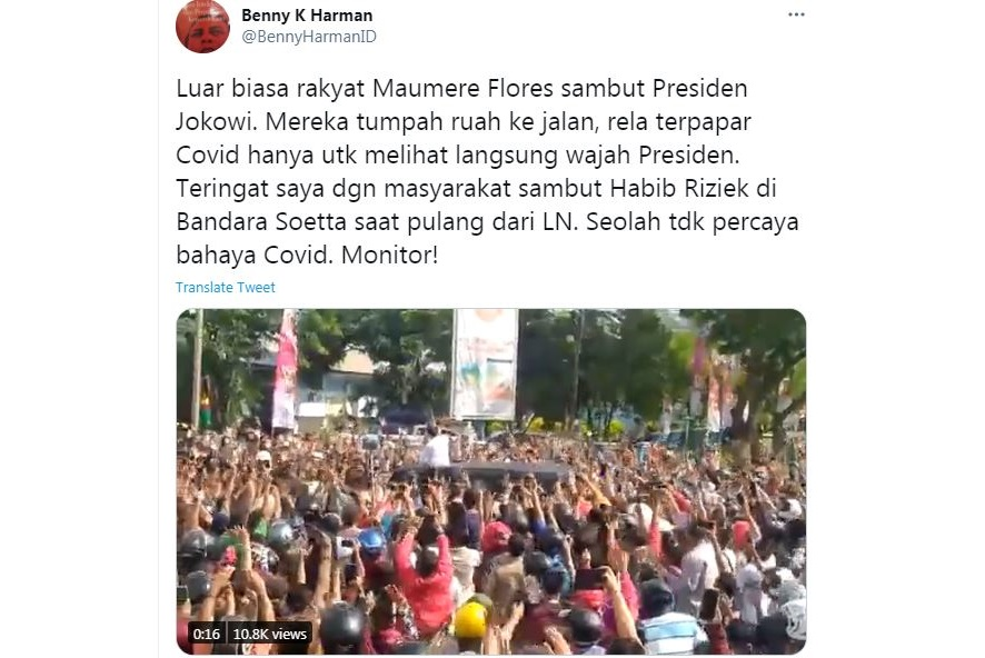 Cuitan Benny K Harman di Twitter terkait kerumunan massa saat kunjungan Jokowi di Maumere, Sikka, NTT. (Foto: SC Twitter/BennyHarmanID)