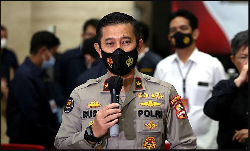 Kepala Biro Penerangan Masyarakat (Karopenmas Divisi Humas Polri) Brigjen Rusdi Hartono di Bareskrim Polri, Jakarta, Kamis (22/4). (Foto: Ricardo/JPNN.com)