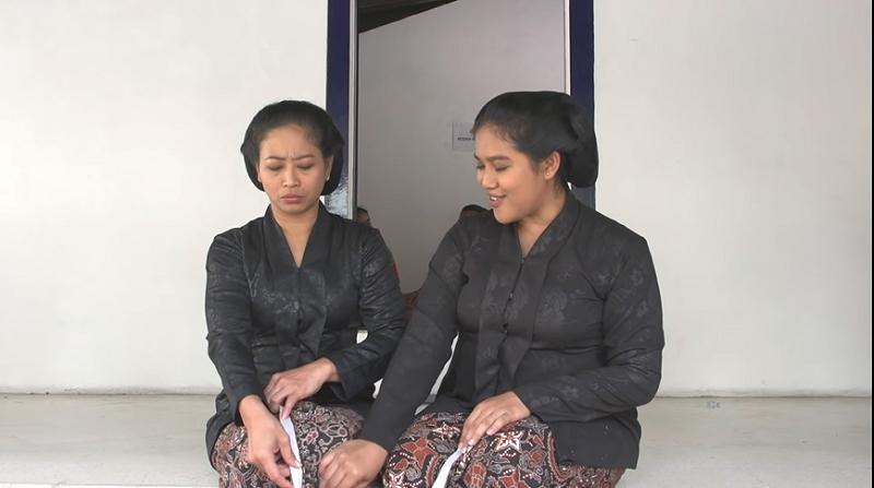 Briliana Desy dan Siti Fauziah di Film Marak (Foto: Sc Youtube/Kraton Jogja)