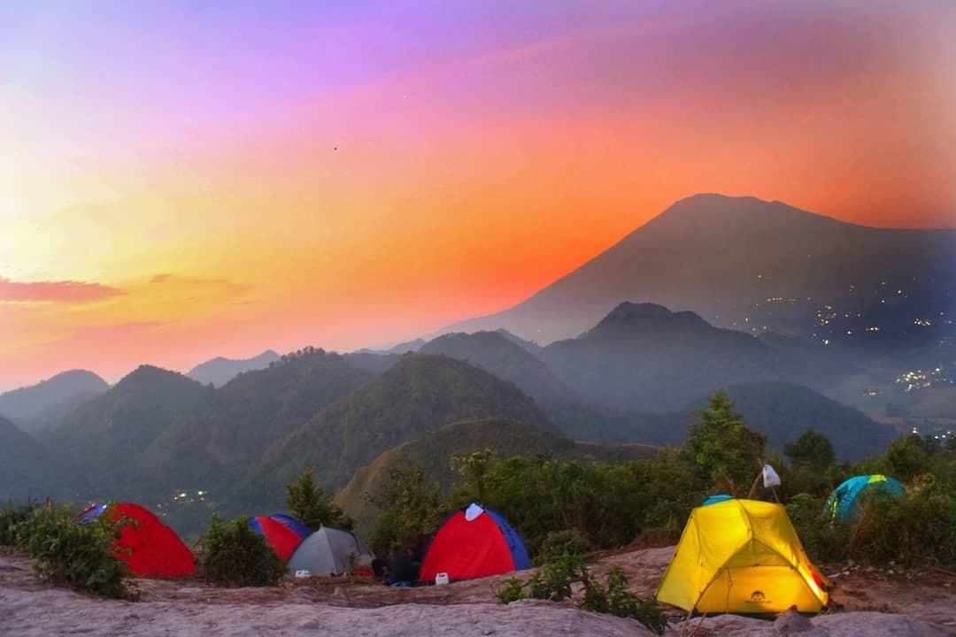 Sanghyangdora, Bukit Cantik yang Bikin Wisatawan Terpesona