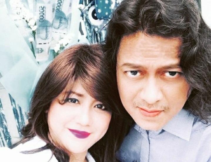 Pasangan selebritas Yuyun Ekawati & Fajar Umbara. (Foto:Inatagram/fajar_umbara)