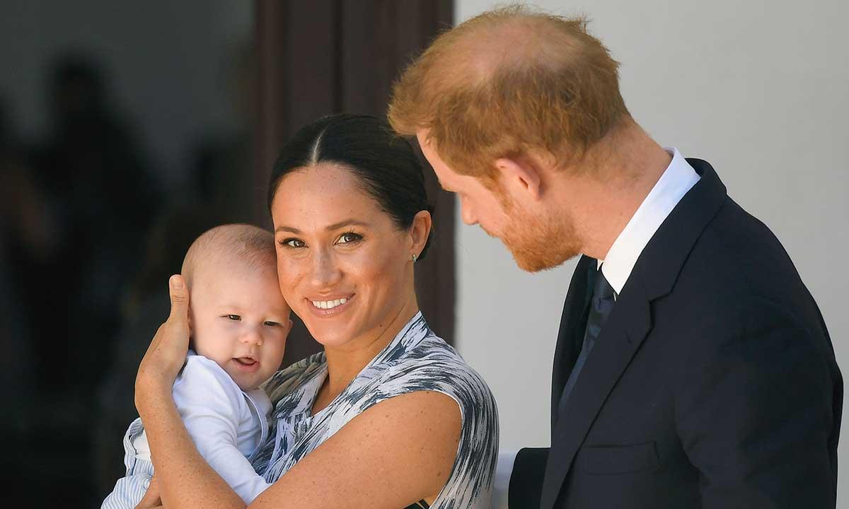 Meghan Merkle dan Pangeran Harry. Foto: Hello Magazine