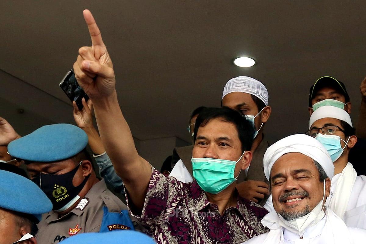 Munarman dan Habib Rizieq Shihab. (Foto: Dok. JPNN/ Ricardo)