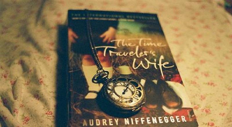 Novel The Time Traveler's Wife (Foto: Tokopedia)