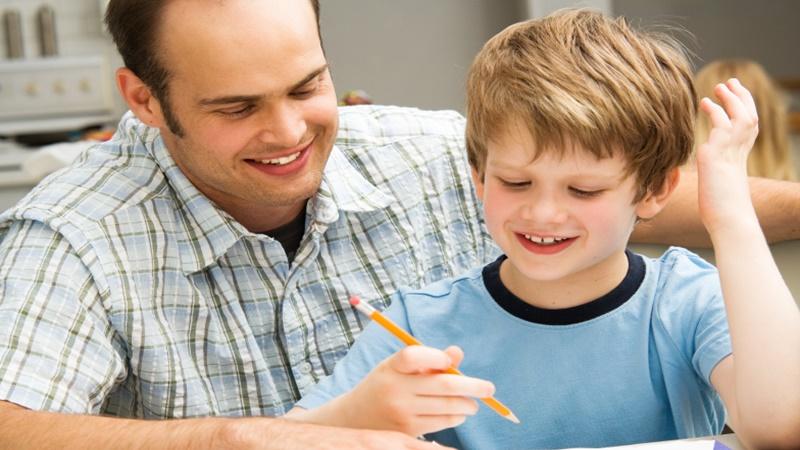 3 Cara Mengajarkan Anak Disabilitas Ganda