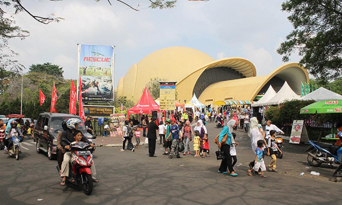 Taman Mini Indonesia Indah (TMII). (Foto: Ricardo/JPNN)