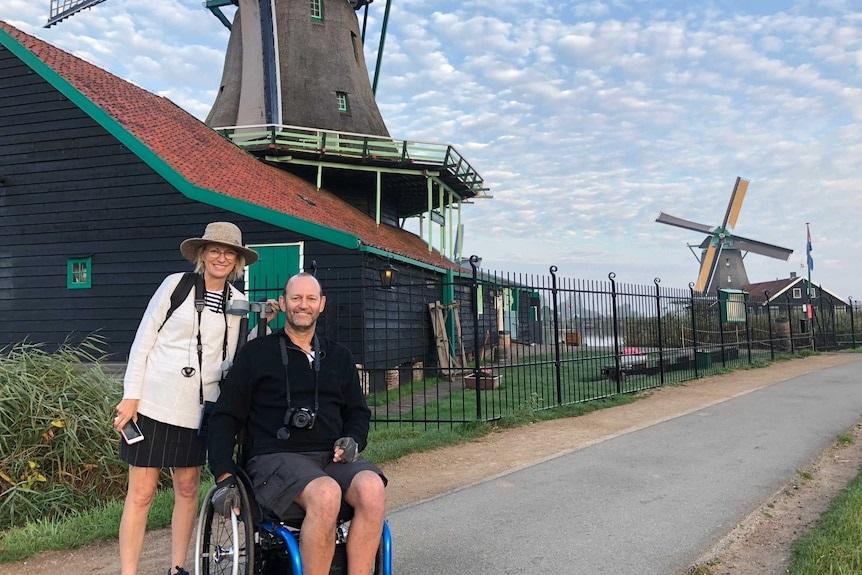 Will Wiemann dan istrinya di Amsterdam. (Foto: Dok. Will Wiemann/ABC News)