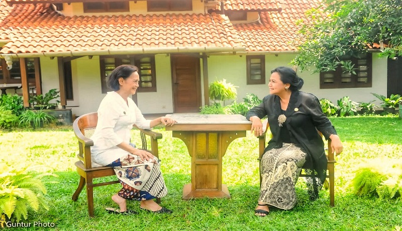 Berkain Nusantara Cara Berpakaian Budaya Indonesia