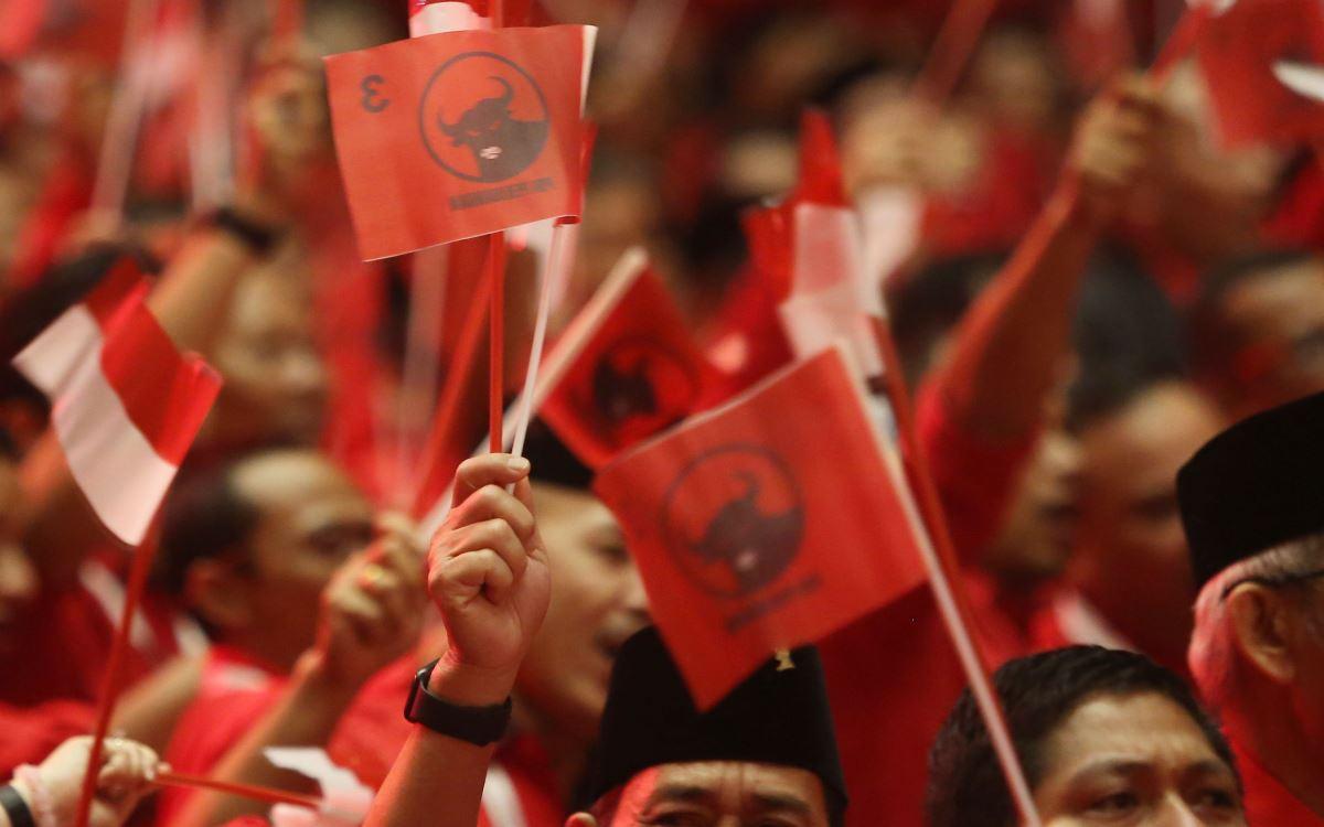 Dosa dari dua partai besar di Indonesia, PDI Perjuangan dan PKB dibongkar habis-habisan. (foto: Ricardo/JPNN)