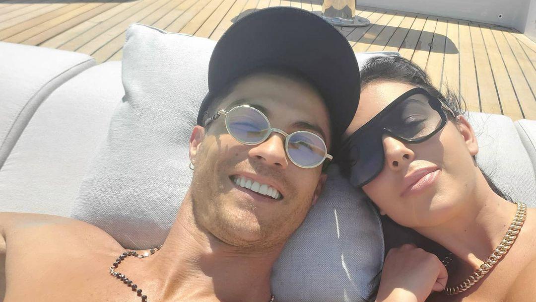 Cristiano Ronaldo dan Georgina Rodriguez. (foto: instagram.com/georginagio)