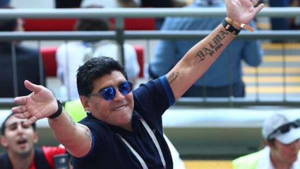 Waduh, Maradona Ternyata Pernah Menerima Servis Wanda Nara