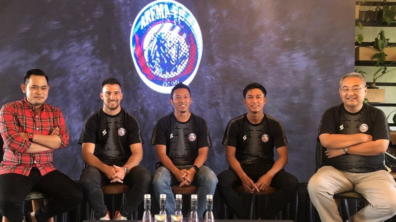 Manajemen dan pemain Arema FC. (foto: Antara/ Vicky Febrianto)