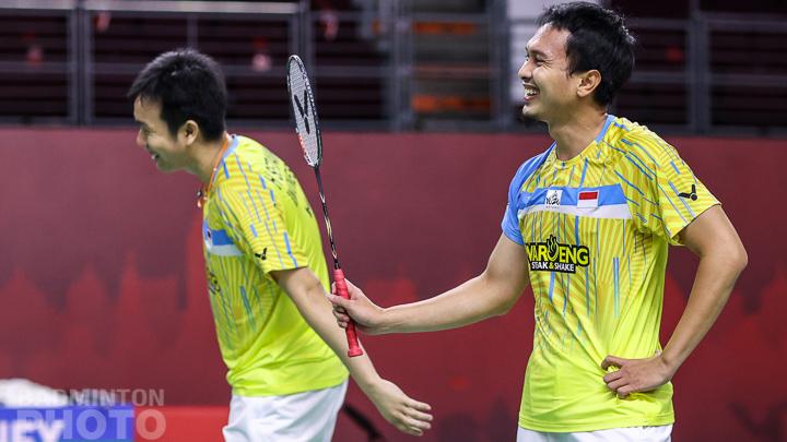Mohammad Ahsan dan Hendra Setiawan di ajang BWF World Tour Finals. (foto: Badminton Photo)