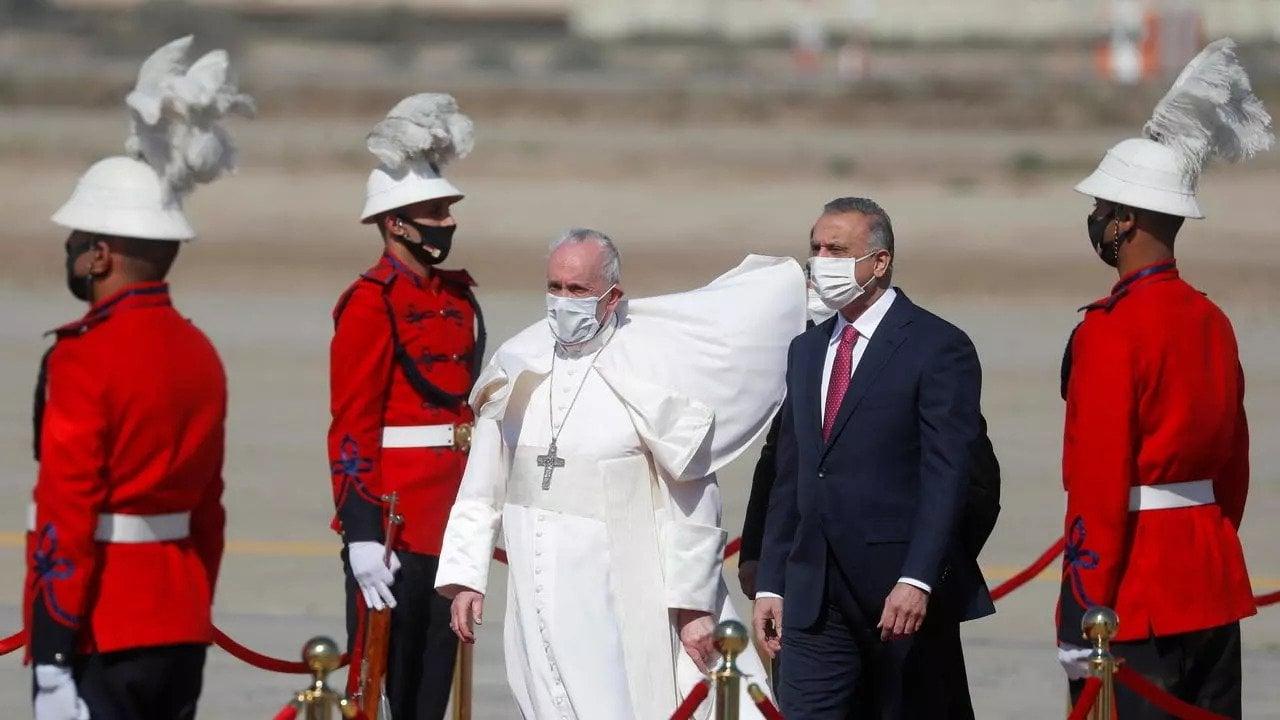 Kedatangan Paus Fransiskus di Irak membuat negara asal Timur Tengah atau Asia Barat Daya ini mendadak senyap seketika. (foto: Yara Nardiy/REUTERS)