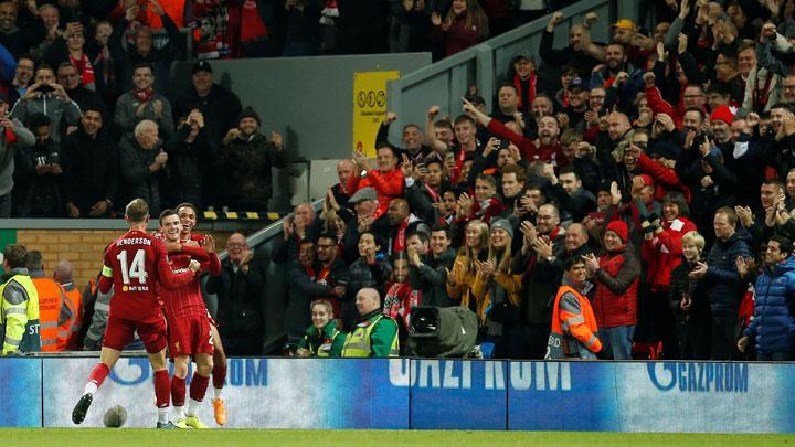 Pemandangan dari sudut stadion Anfield, kandang Liverpool. (foto: REUTERS/Andrew Yates)