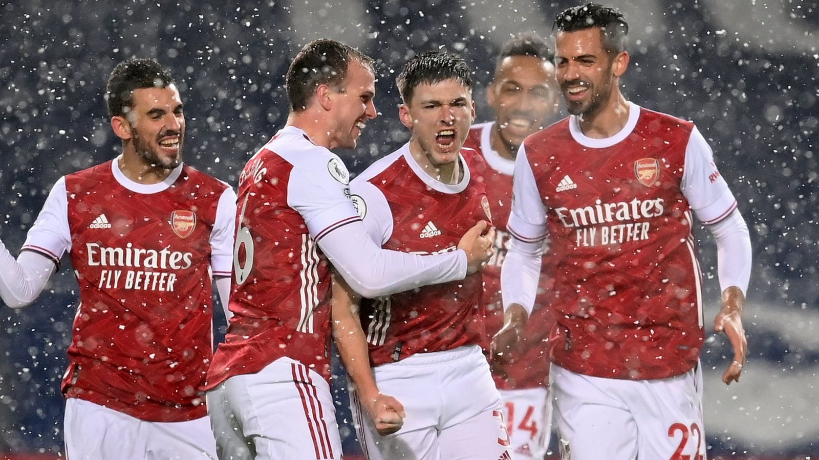 Skuad Arsenal usai mengalahkan West Brom. (foto: twitter.com/Arsenal)