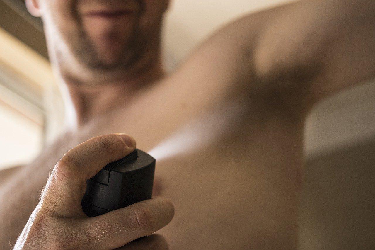 Jarang diketahui oleh banyak orang, ternyata deodoran memiliki lima hal mematikan untuk orang yang salah dalam penggunaannya. (foto: pixabay)