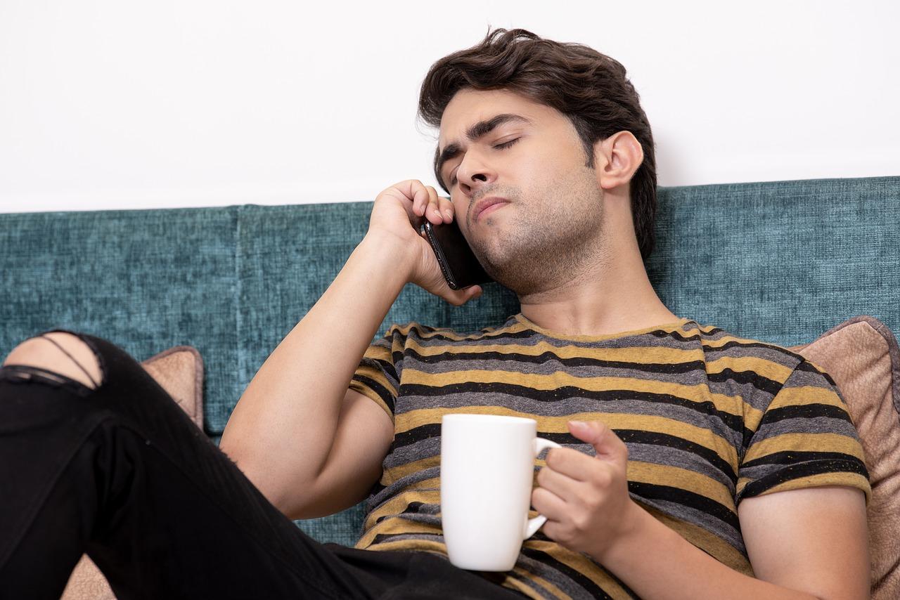 Berbohong mungkin bisa menjadi jalan keluar instan yang mudah diambil untuk menghindari masalah. (foto: freepik)