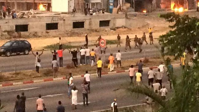 Ilustrasi-Kerusuhan di Gabon. Foto: Life Africa TV/Handout via Reuters.