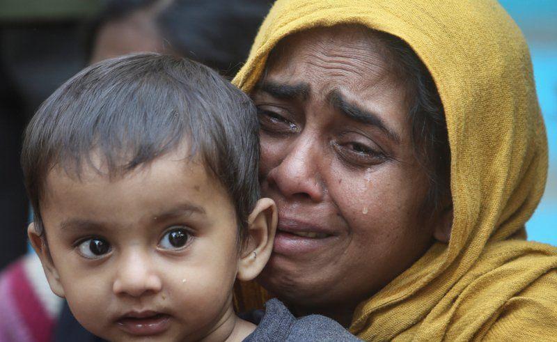 Detik-detik 81 Rohingya Terapung di Tengah Laut, Tragis