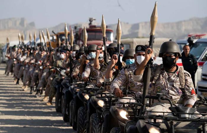 Latihan militer Iran. Foto Reuters.