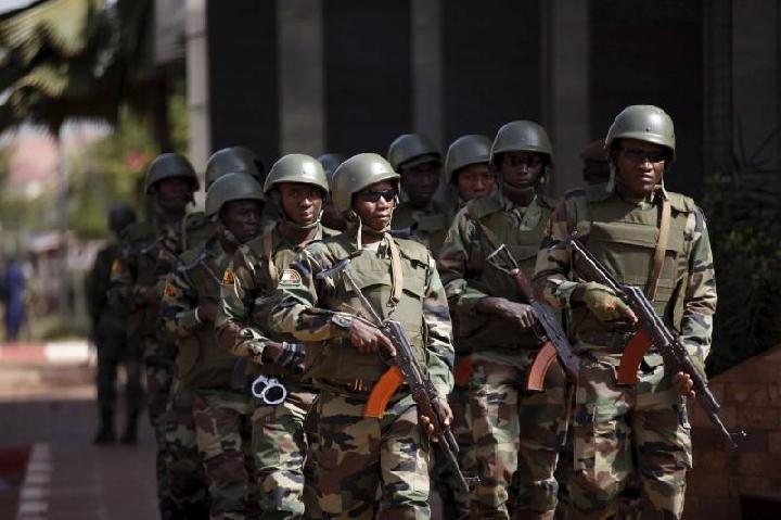 Pasukan tentara Mali. Foto: Reuters/Joe Penney.