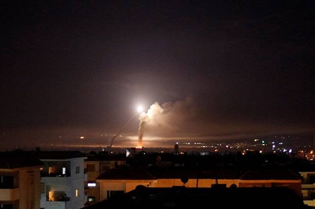 Ilustrasi-Serangan roket di Israel. Foto: Reuters.
