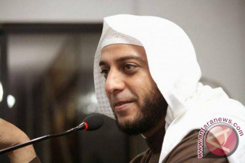 Ulama Syekh Ali Jaber. Foto: Antara.