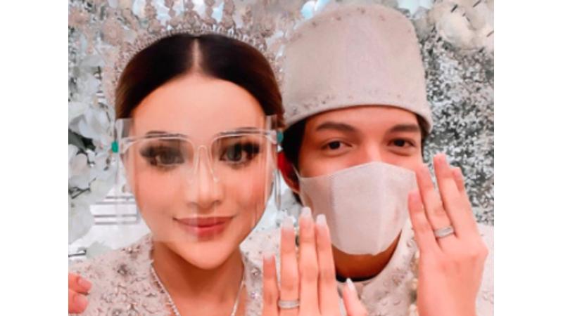 Atta Halilintar dan Aurel resmi menjadi suami istri (foto: SC IG @attahalilintar)